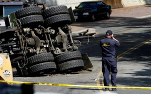 la-me-ln-fatal-lapd-squad-car-collision-photos-002